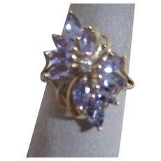 14k Gold Tanzanite Floral Cluster with Small Diamond in Center Ring