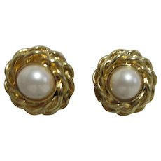 Marvella Clip-on Goldtone with Faux Pearl Earrings