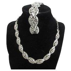 Coro Silvertone Leaf Pattern Necklace and Bracelet Set