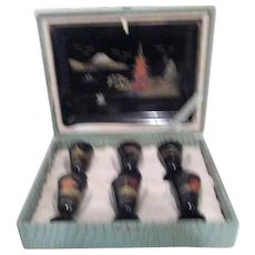 Black Lacquer Sake Set with 6 Cups and Tray in Case