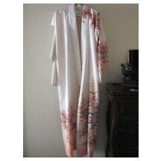 Vintage Japanese Cream Kimono with Floral Design