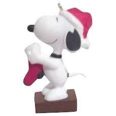 Hallmark Keepsake Christmas Ornament Snoopy with Stocking