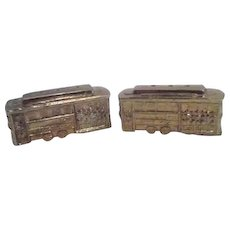 Pair of Metal San Francisco Cable Car Salt & Pepper Shakers