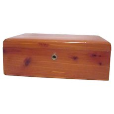 Lane Presentation Cedar Chest from Hafer's