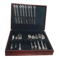 Stainless Steel Flatware 8 Place Settings of 5 Piece Plus 4 Serving Pieces