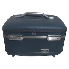 American Tourister Overnight Train Case Tiara Style