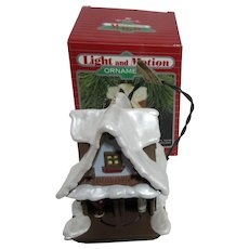 Hallmark Keepsake Christmas Ornament Light & Motion Last Minute Hug