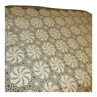 Pinwheel Pattern Crocheted Tablecloth Rectangle