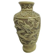 Resin Ivory-Colored Vase with 2 Dragons