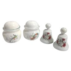 2 Sets Christmas S&P Shakers