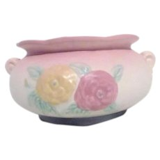 Hull Art Pottery Jardiniere Open Rose Pattern