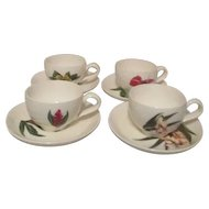 Santa Anita Flowers of Hawaii Set of 4 Cups and Saucers