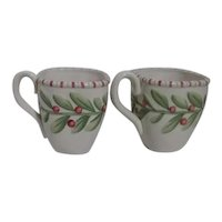 Fitz & Floyd Pair of Christmas Mugs with Holly Decor