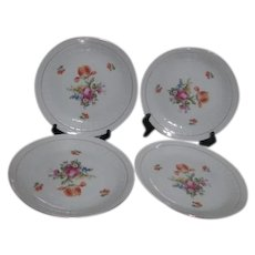 Colditz Pattern CZ11 Set of 4 Dinner Plates with Floral Design