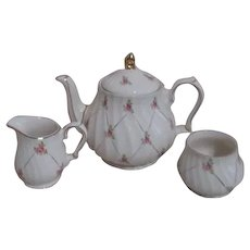 Sadler Tea Pot, Cream & Sugar Pattern SA3632