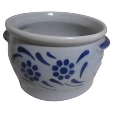 Individual Server Bean Pot Blue and Off-white