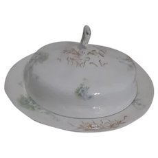 Johnson Brothers Pattern JB1277 Royal Semi Porcelain Round Covered Butter Dish