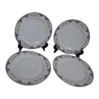 Royal Bayreuth 2 Dinner Plates Corona Pattern