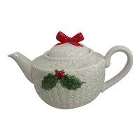 Otagiri Christmas Holly Teapot
