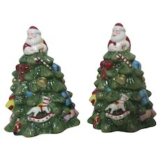 Spode Christmas Tree Salt & Pepper Set