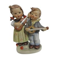 Hummel Figurines Happy Days Boy and Girl Singing Musicians