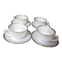Anchor Hocking Fire King Swirl White with Gold 4 Cups and Saucers