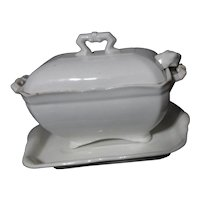 John Maddock & Sons England Royal Semi Porcelain Lidded Sauce/Gravy Tureen with Under Plate and Ladle