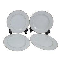 Set of 4 Dinner Plates White with Slim Gold Trim