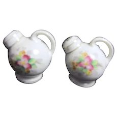 Pair of Hand Painted Salt & Pepper Shakers Teapot Shape Made in Occupied Japan