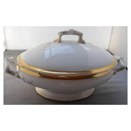 Limoges Covered Vegetable Tureen, gold trimmed