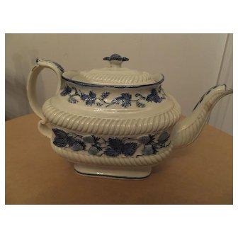 Leeds Pearlware teapot, c. 1820