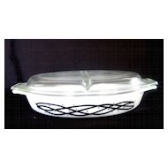 Pyrex Barbed Wire Divided Casserole Dish with Lid