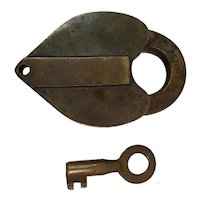 Pennslyvania Railroad(PENNA Co.)Bohannan Brass Shaped Lock and Key