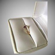 Antique 14K Yellow Gold Garnet Ring