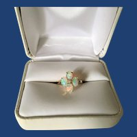Vintage 10K Gold Ring with Four Opals and Diamond