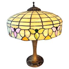 Art Nouveau Slag Glass Table Lamp with Flowers