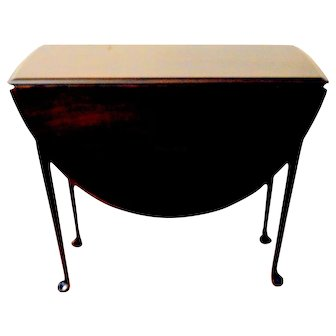 Queen Ann Mahogany Drop Leaf Gateleg Table
