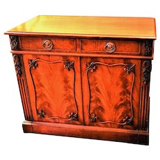 Mahogany Extension Telescopic Table Buffet Opens to 9' with Leaves