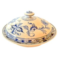 Antique Villeroy & Boch Blue Onion Covered Bowl