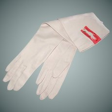 Long Off White Kid Grained Gloves Size 6.5