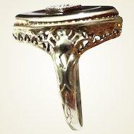 Art Deco 14k Gold Filigree Ring Diamond Set in Onyx
