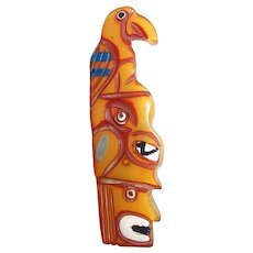 Bakelite Native American Indian Totem Pole Brooch Carved/Painted Book Piece