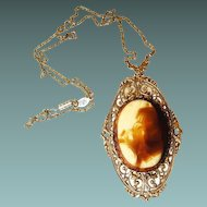 1928 Filigree Pendant Necklace with Large Cabochon