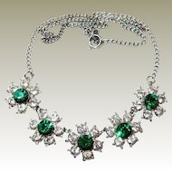 Vintage Green Centered Rhinestone Flower Necklace