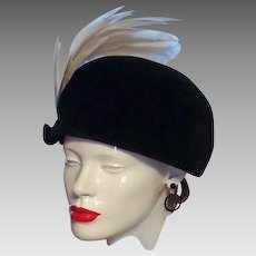 Black Velveteen White Feather Plume Hat Union Beret