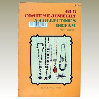 Old Costume Jewelry a Collectors Dream Reference Guide
