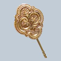 Gold Victorian Etched Mens Tie Pin