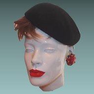 Vintage Glenover New York Black Wool Felt Berte Side Cap Hat