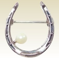 Beau Sterling Pearl Horseshoe Pin