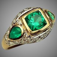 Vintage Emerald Diamond 18K Gold Ring